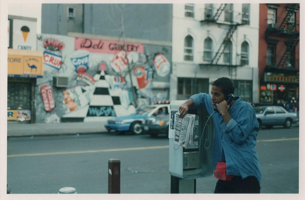 JonOne Portrait - Cabine téléphonique